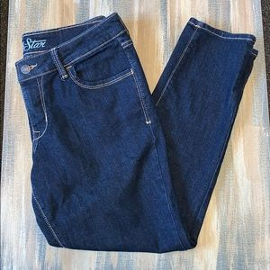 Old Navy Rock Star jeans. Size 12.